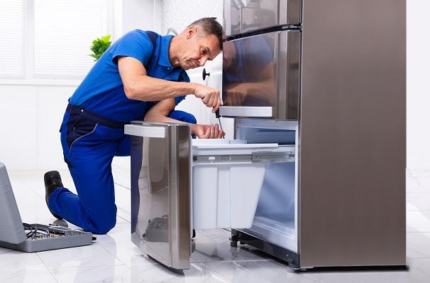 Best fridge serviceman Perth repairing refrigerator